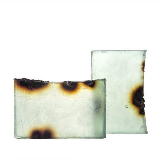 Prírodné mydlo TATRANSKÉ HORY je prírodná kozmetika na telo i tvár pre celú rodinu. Obsahuje silicu borovice lesnej a plody borievky obyčajnej,bez sulfátov