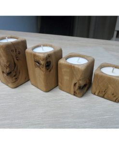 Adventné svietniky malé prírodné Súprava Originálnych adventných svietnikov, ručná práca Materiál je masívny dub, originálne prírodné darčeky pre ženy i muž