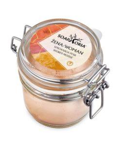 Organická sprchovacia pena ŽENA je nový zážitok zo zdravého sprchovania s neodolateľnou vôňou vanilky a jasmínu. Zdravá čisto prírodná kozmetika bez chémie.
