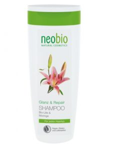Neobio šampón poškodené vlasy Glanz & Repair. BIO šampón bez chémie. Špeciálne vyvinutý na poškodené vlasy. Extrakt z BIO ľalie a moringy chráni vlasy