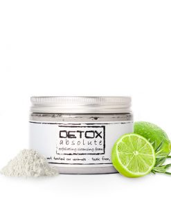 Pleťový peeling DETOX absolute, organická kozmetika na detox pokožky. Peeling pomáha v boji proti akné, prečistí upchaté póry a zjednotí odtieň pleti.