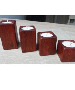 Adventné svietniky malé červený olej, originálny darček z dreva, ručná práca. Materiál je masívny dub, prírodné darčeky pre ženy, pre muža