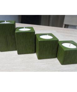Adventné svietniky malé zelené. Každá sada, každý kus svietnika je jedinečný originál. Originálne prírodné darčeky pre ženy, drevené bytové doplnky moderné