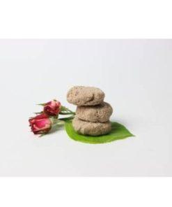 Tuhý šampón na vlasy Ruža SAVON - prírodná vlasová kozmetika pre jemné vlasy s panthenolom s výťažkom z ruže damaskej, ktorá redukuje začervenanie pokožky