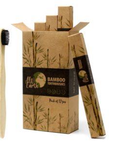 Bambusové zubné kefky. Kefky spĺňajú funkčné odporúčania (SOH) a ponúkajú zákazníkom mäkké, zdravé zubné kefky. Detské zdravé zubné kefky, Carbon kefka