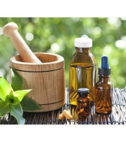 vitamín E olej na vlasy, na jazvy, na vrásky, na zápaly kože, jazvy po akné. Spomaľuje starnutie pleti. Lieči vysušenú a šupinatú pleť