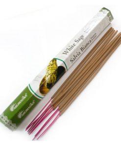 Vonné tyčinky Biela šalvia podľa tradičnej ajurvédskej receptúry v Indii. Pri výrobe sa používa iba prírodný prášok z dreva, práškové kadidlo, živice