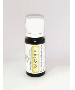 Baktérie - zmes čistých esenciálnych olejov100% prírodný. Môžete používať v difuzéroch či ako vôňa do rúška. Podporuje ničenie vírusov a baktérií