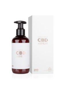 CBD konopný kondicionér Essens - česká prírodná kozmetika. CBD izolovaný z extraktu konopy siatej je známy protizápalovými účinkami