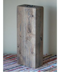 Váza dub šedý olej masívny dub, pri povrchovej úprave bol použitý šedý olej. Olejová úprava, hladký povrch, sú priznané špáry a praskliny