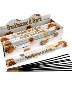 Vonné tyčinky Kadidlo & Myrha podľa tradičnej ajurvédskej receptúry v Indii. Pri výrobe sa používa iba prírodný prášok z dreva,