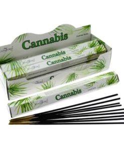 Vonné tyčinky CANNABIS podľa tradičnej ajurvédskej receptúry v Indii. Neobsahuje kanabis alebo iné zakázané látky, nie je návykové