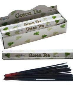 Vonné tyčinky Zelený čaj podľa tradičnej ajurvédskej receptúry v Indii. Pri výrobe sa používa iba prírodný prášok z dreva, práškové kadidlo,