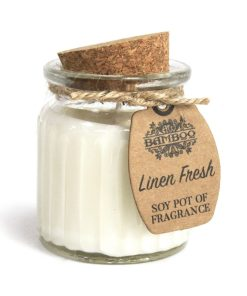 Sójová sviečka Svieža bielizeň je prírodná sviečka. Jemná, svieža a nevtieravá vôňa. Darčekové balenie, vhodné pre ženu, neurazí ani muža